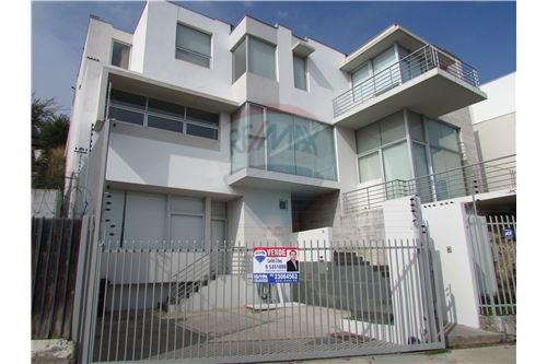 Lo Barnechea, Santiago - For Sale - 493.695.558,28 $