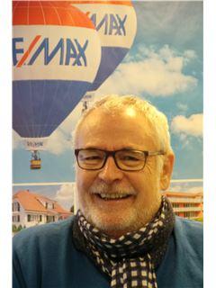 Pierre-Alain Favez - Team Manager