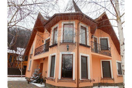 Vynohradivskyi, Vynohradiv - For Sale - 312,060 USD