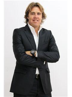 Broker/Owner - Luís Matias - RE/MAX - ConviCtus