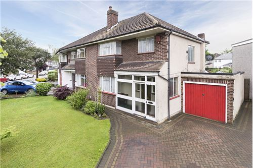 Bexleyheath, Kent - For Sale - £ 380,000