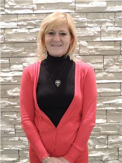 Associate - Carmen Bellino - RE/MAX Time