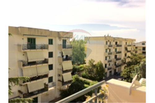Aversa, CE - For Sale - 159.000 €