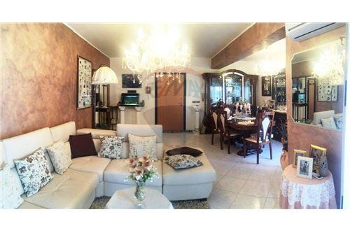 Messina, Messina - For Sale - 167.000 €