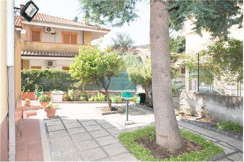San Giovanni la Punta, Catania - For Sale - 240.000 €