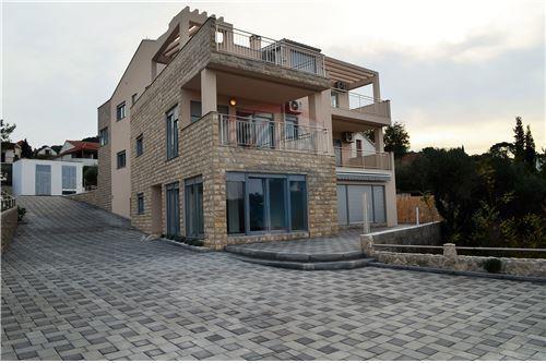 Murter-Kornati, Šibensko-Kninska županija - For Sale - 150,000 €