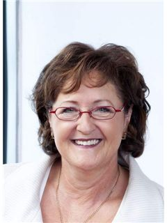 Helga Sattler - Realtor and Real Estate Agent at RE/MAX in Lörrach