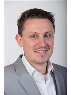 Sven Hacke - Realtor and Real Estate Agent at RE/MAX in Mannheim