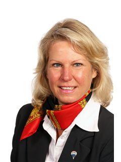Evelyn Bayer