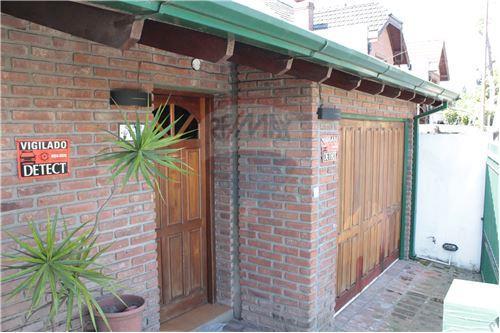 Casa  Venta  Ituzaingo, Gran Buenos Aires  Zona Oeste  420511048