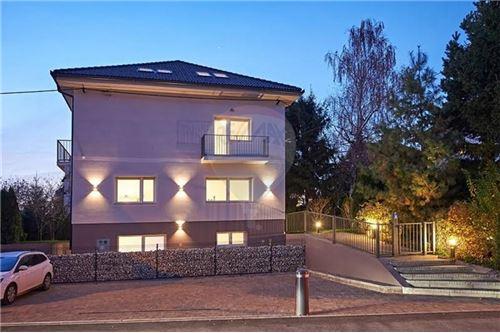 LJ - Center, Ljubljana (mesto) - Prodamo - 1.150.000 €