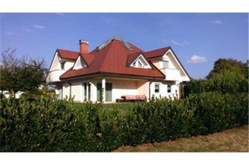 Novo Polje, Ljubljana (mesto) - Prodamo - 1.390.000 €