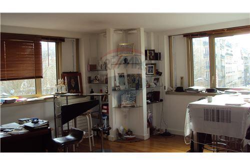 Paris 10th district, Paris - For Sale - 1.120.000 €