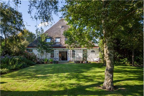 BLOKKER, HOORN - For Sale - 945.000 €  (K.K.)
