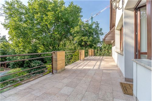Warszawa, Mazowieckie - For Sale - 4,800,000 PLN
