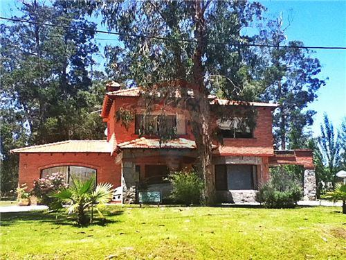 Beverly Hills, Zona Punta del Este - For Sale - Upon Request